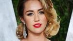 [FOTOS] Miley Cyrus se viste con revelador vestido en la alfombra roja