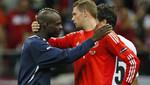 [VIDEO] Manuel Neuer aplaudió golazo de Mario Balotelli