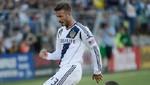 [VIDEO] David Beckham agredió de un pelotazo a un rival por hacer tiempo