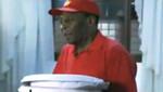 [VIDEO] Pelé fue encontrado vendiendo pizzas en Brasil