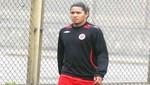 Santiago Acasiete no llegó a un acuerdo con Universitario de Deportes