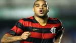 Adriano jugará por el Flamengo lo que resta del 2012