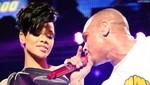 Chris Brown besó a Rihanna  en los VMA's 2012 [FOTO]