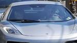 Miley Cyrus y Liam Hemsworth se pasean en un nuevo coche deportivo McLaren [FOTOS]