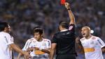 Neymar es expulsado luego de pisar a un rival [VIDEO]