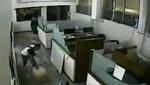 México: Sale a la luz video del ataque al diario 'El Buen Tono'