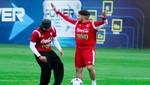 Guerrero y Vargas se burlan de Pizarro pateando penales [VIDEO]