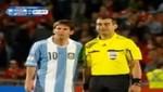 Árbitro le pide foto a Lionel Messi en el Chile vs Argentina [VIDEO]
