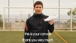 Lionel Messi invita a fans a diseñar sus próximos chimpunes [VIDEO]