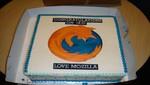 Mozilla celebra el lanzamiento de Internet Explorer 10 enviando una torta a Microsoft