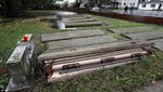 Huracán Sandy desenterró cajones de un cementerio