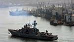 Buques de guerra rusos realizan prácticas de tiro en el Océano Índico