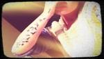 Demi Lovato se tatúa palomas y la 'fe' en todo el brazo derecho [FOTOS]