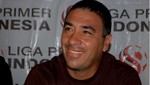 ¿El argentino José Basualdo remplazaría a Solano en Universitario?