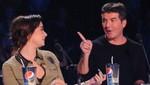 Demi Lovato arrebata el micrófono a Simon Cowell en pleno show de Factor X [FOTOS]
