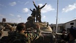 Siria: rebeldes se apoderan del control de base militar de Alepo
