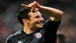 Claudio Pizarro podría jugar en el Betis de España a mitad del 2013