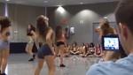 Mira como entrenan las bellas porristas del Barcelona [VIDEO]