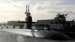 Submarino nuclear de EE.UU. choca contra un buque