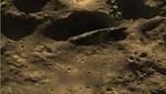 Un OVNI sorprende apareciendo en la luna [VIDEO]