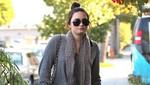 Demi Lovato: En el estudio con infección de garganta