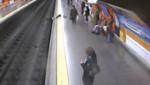Mujer salva de morir antes de llegar el tren en Madrid [VIDEO]