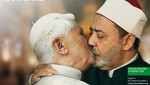 Benetton se disculpa con fieles por afiches del Papa besando al Imán del Cairo