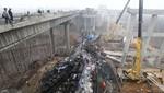 China: Explosión de fuegos artificiales mata a 26 personas y destruye una autopista [FOTOS]