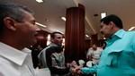 Venezuela: Capriles asegura que Nicolás Maduro recibe y acata órdenes de Raúl Castro