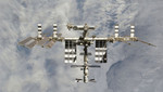 El carguero espacial ruso Progress M-18M atracó en la EEI