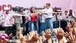 Presidente Humala empapa por carnavales a Nadine Heredia [VIDEO]