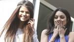 Selena Gómez de vacaciones en París con Vanessa Hudgens [FOTOS]