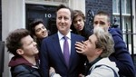 David Cameron colabora con One Direction en el clip One Way or Another (Teenage Kicks) [VIDEO]