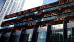 Dow Jones cierra por encima de 15.000 por primera vez
