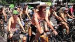[México] Miles de ciclistas desfilaron semidesnudos exigiendo respeto hacia el cuerpo humano y hacia ellos en las pistas