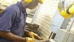 Presión hacia la alza de las remuneraciones en la industria y minería debido a la escasez de técnicos especializados en estos sectores