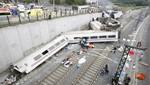 España: Investigadores recuperan las 'cajas negras' del tren siniestrado en Galicia