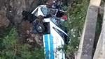 Tailandia: Accidente de autobús deja 29 muertos tras caer por un puente [VIDEO]
