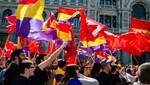 Manifestantes piden en plazas de España referéndum sobre la monarquía
