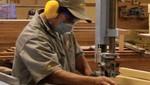 """Ministerio de Trabajo certificó a 144 carpinteros industriales empíricos beneficiarios del programa """"Vamos Perú"""""""