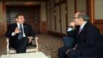 Mandatario tuvo encuentro con ex presidente mexicano Felipe Calderón