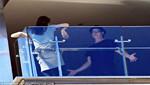 Angelina Jolie y Brad Pitt son captados en una acalorada discusión en el balcón de un hotel [FOTOS]