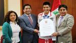 Atleta huancavelicano Efraín Sotacuro fue reconocido por el Congreso de la República