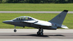 Alenia Aermacchi equipará a Italia con aviones M-346 por 120 millones de euros