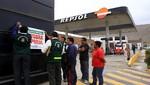 Por falta de medidas de seguridad clausuran grifos Repsol y Primax en Ventanilla