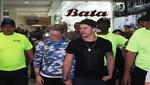 Mario Hart atrasa al Community Manager de Plaza Lima Sur