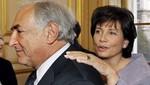 Esposa de Strauss-Kahn es elegida la mujer del 2011 en Francia