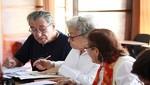 Bilingüismo evitaría la demencia en adultos mayores