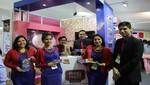 Jóvenes emprendedores presentan productos innovadores para navidad