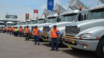 DIVEMOTOR entrega importante flota de tractocamiones freightliner a la empresa Wari Service